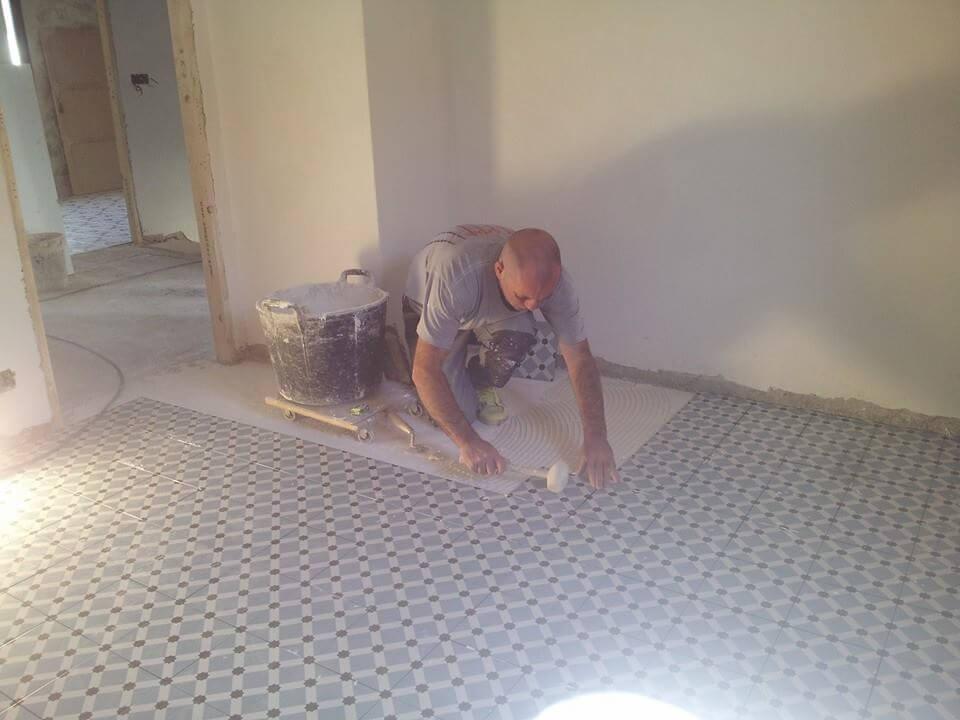 Azulejos y suelos hidr ulicos de imitaci n la gu a completa - Pintura para azulejos de bano ...