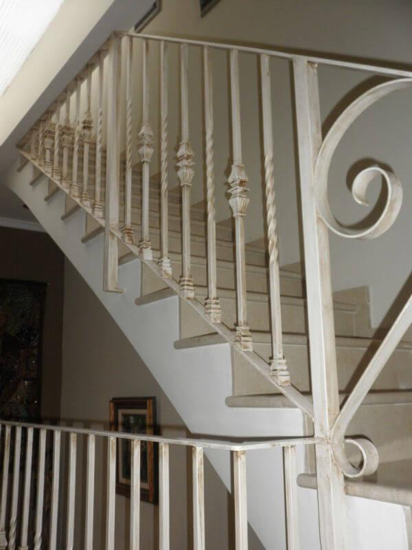 Barandillas de forja para escaleras interiores