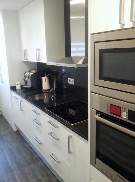 Precio granito encimera cocina ideas de disenos for Cocinas de granito precio