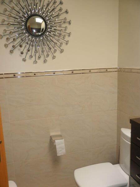 Azulejos para ba o como elegir el azulejo ideal para el for Cenefas ceramica