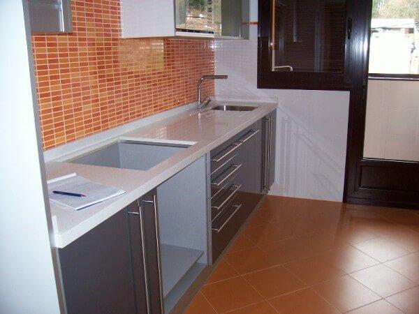 Azulejos para cocinas la gu a para elegir el azulejo perfecto for Loseta para cocina