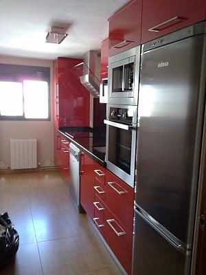 foto de ejemplo de suelo de gres en cocina fcil limpieza y manetenimiento
