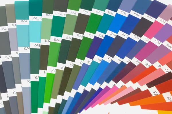 Colores RAL Pinturas de muchos colores diferentes