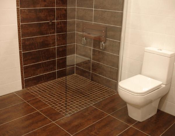 Duchas de obra la ducha a tu medida - Azulejos y suelos para banos ...