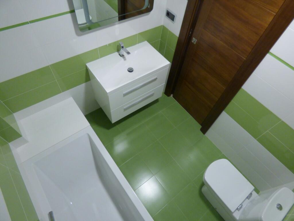 Empresa azulejos Valencia contratar