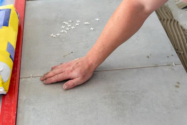 Colocación suelo porcelánico