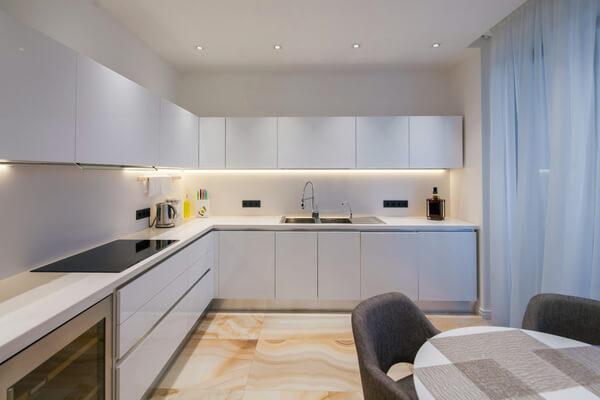 Cómo iluminar una cocina: claves para acertar en la iluminación de una Cocina