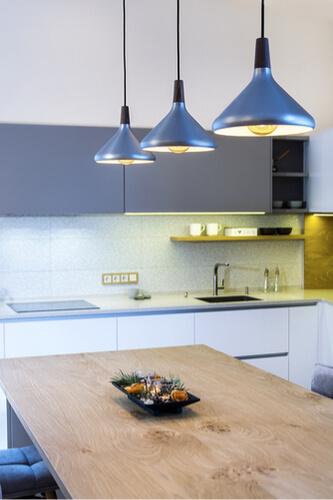 C mo iluminar una cocina claves para acertar con la - Iluminacion para cocina comedor ...