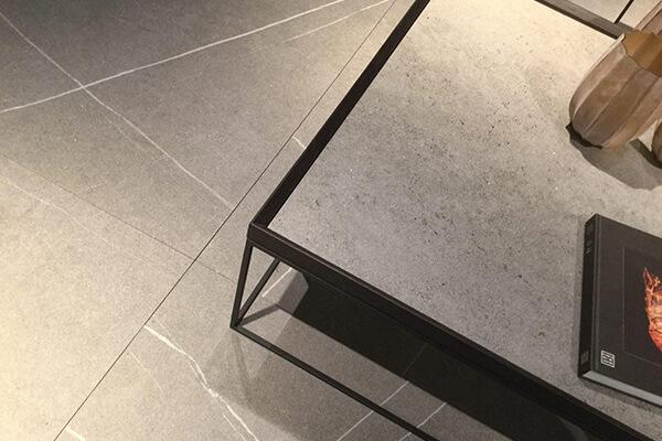 Muebles con porcelanico