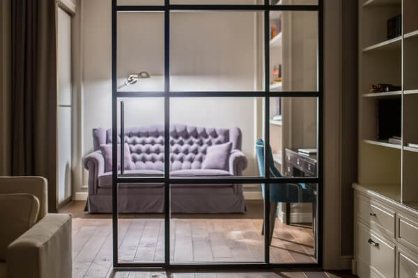 puerta-corrediza-interior-iluminacion